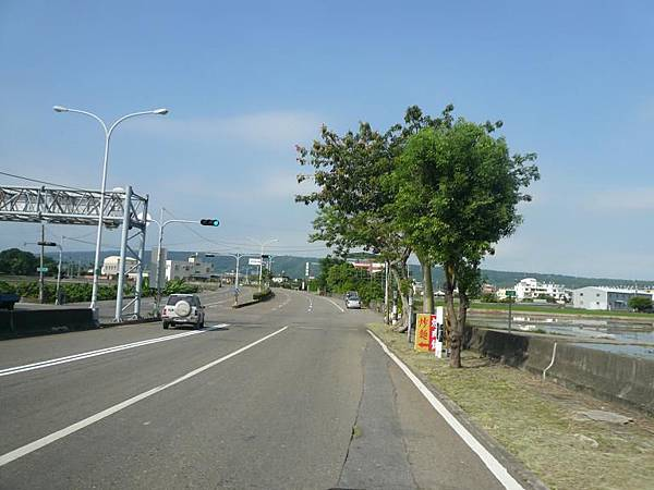 台63 77.JPG