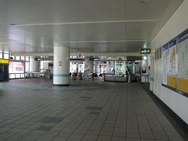 大湖公園站 10