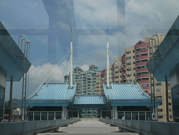 大湖公園站 13