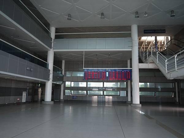 新烏日火車站 15