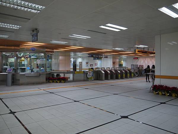捷運台北橋站 12