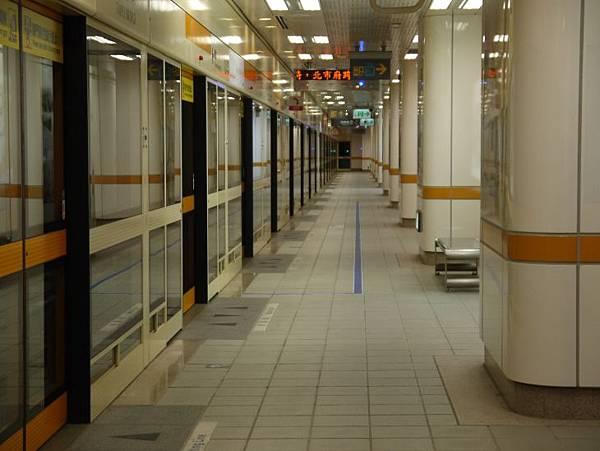 捷運台北橋站 13