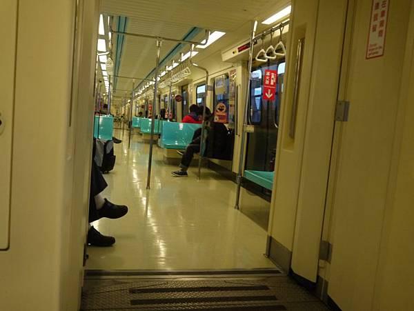 捷運小碧潭站 26