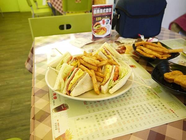 晃點早餐廳 12.JPG