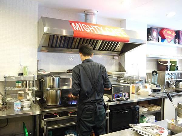 MIGHTY CAFE 34.JPG