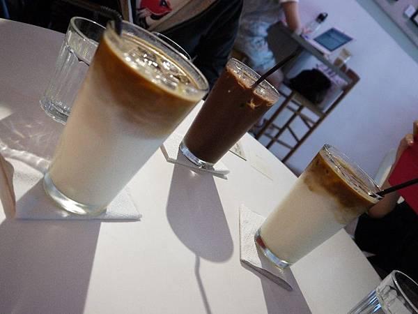 retro mojocoffee 25.JPG