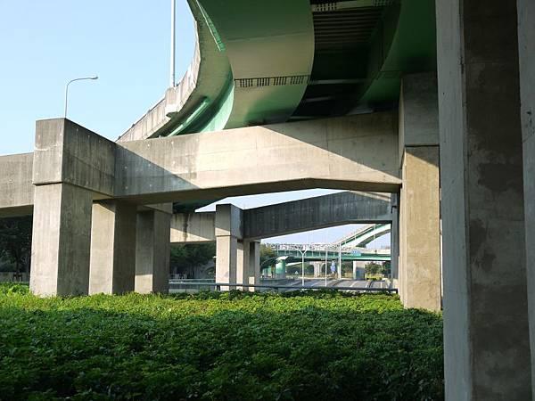 高鐵台中站 06.JPG