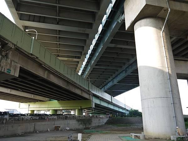 高鐵台中站 08.JPG