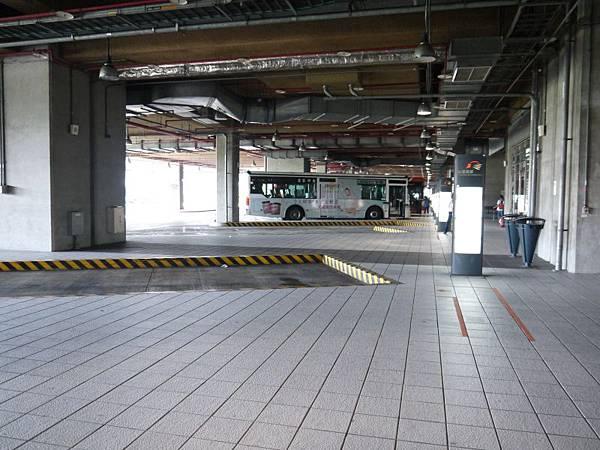 高鐵台中站 29.JPG