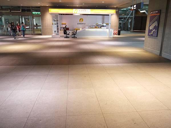 高鐵台中站 31.JPG