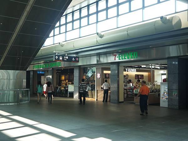 高鐵台中站 57.JPG