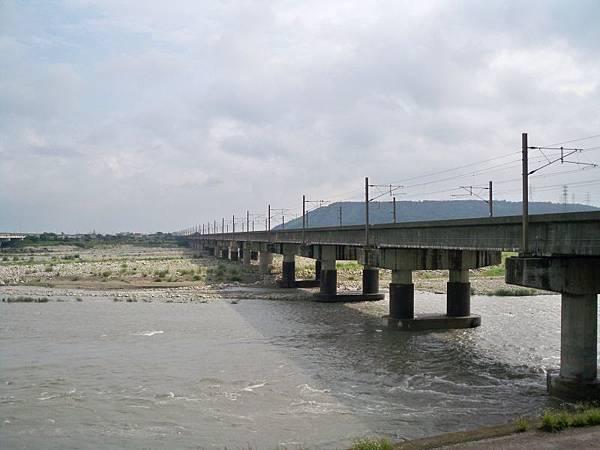 台1甲南.大甲溪橋舊線 31.JPG