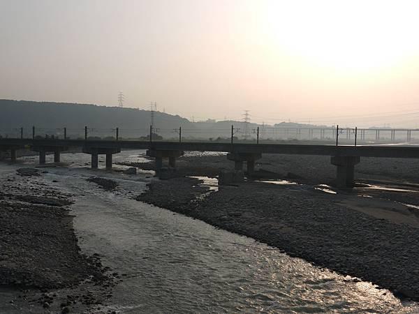 台1甲南.大甲溪橋舊線 33.JPG