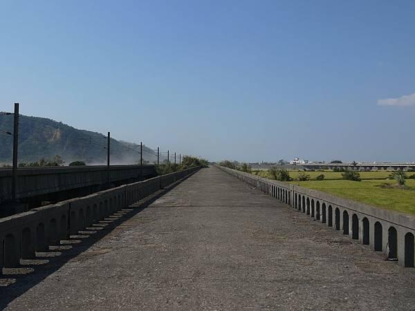 台1大安溪橋.日南舊線 12.JPG
