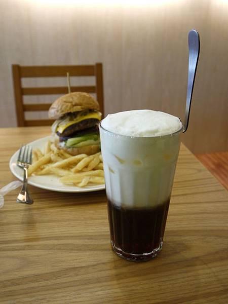 Encore Diner 26.JPG