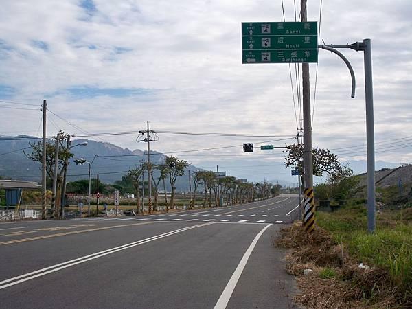 大安溪北岸道路 47.JPG