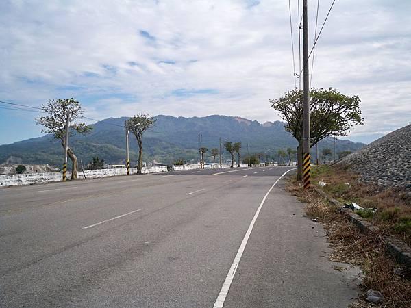 大安溪北岸道路 50.JPG