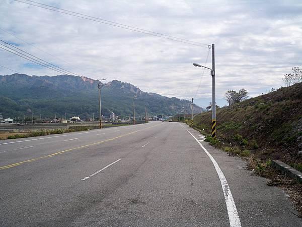 大安溪北岸道路 53.JPG