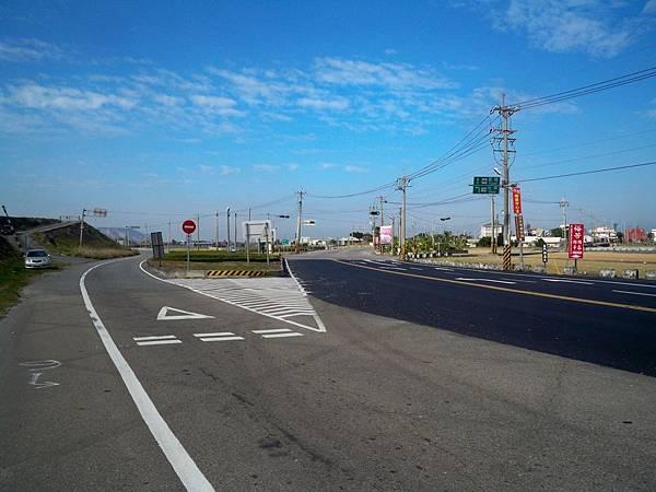 大安溪北岸道路 59.JPG