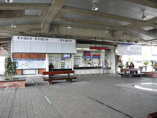 台鐵冬山站 08.JPG