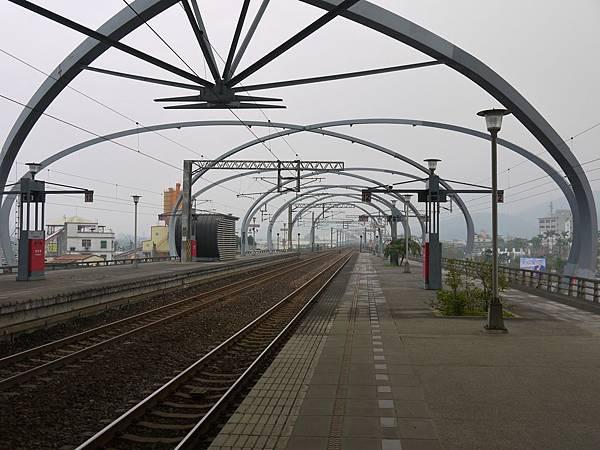 台鐵冬山站 28.JPG