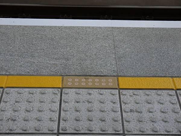 高鐵台中站 補03.JPG