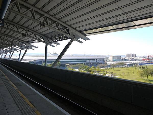 高鐵台中站 補04.JPG