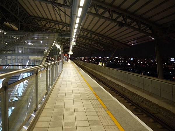 高鐵台中站 補15.JPG