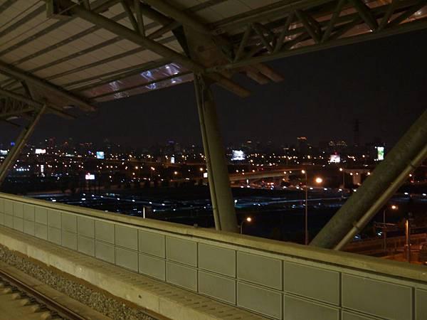 高鐵台中站 補17.JPG