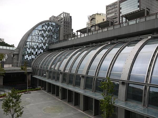 捷運大安森林公園 02.JPG