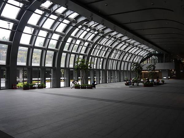 捷運大安森林公園 03.JPG