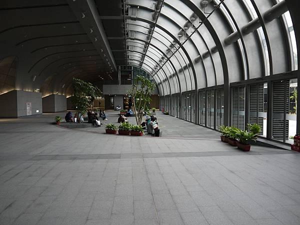 捷運大安森林公園 08.JPG