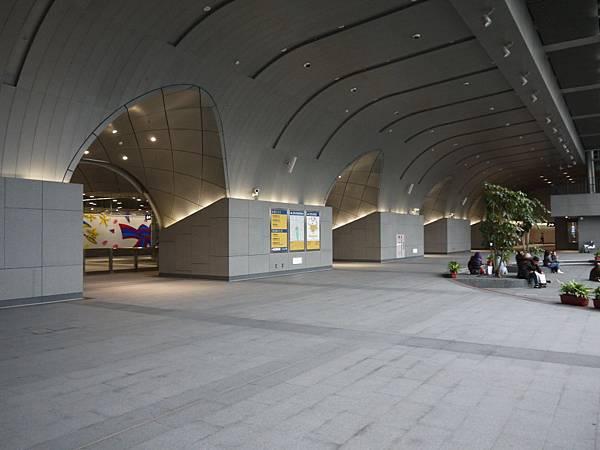 捷運大安森林公園 09.JPG