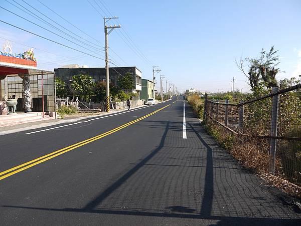中7大安港段重鋪 10.JPG