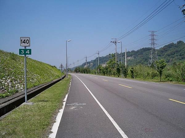 縣道140里程牌 06.JPG