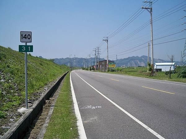縣道140里程牌 13.JPG