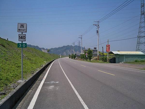 縣道140里程牌 15.JPG