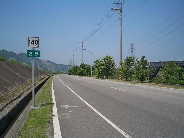 縣道140里程牌 17.JPG