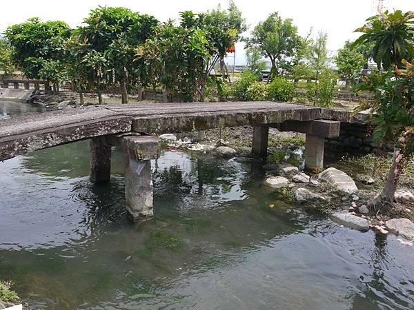 武暖石板橋 (5).JPG