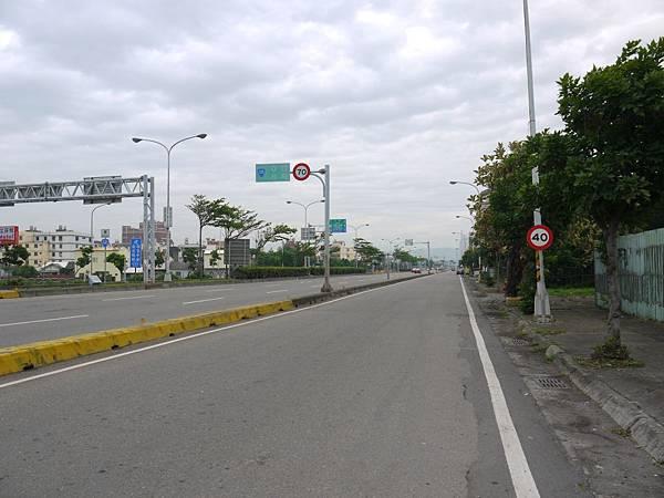 台12線&BRT (2).JPG