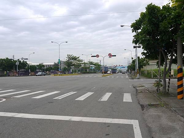 台12線&BRT (7).JPG