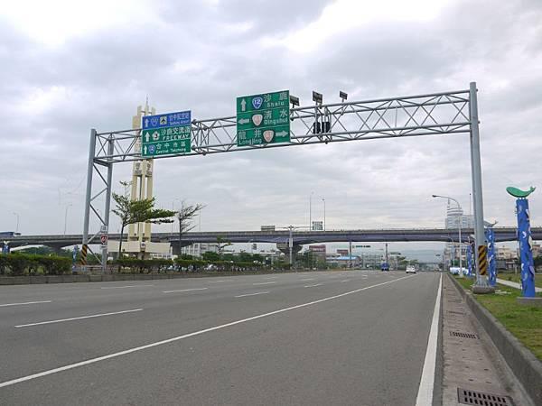 台12線&BRT (14).JPG