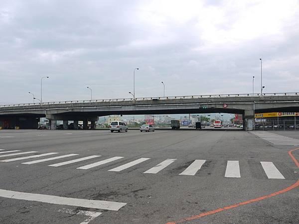 台12線&BRT (24).JPG