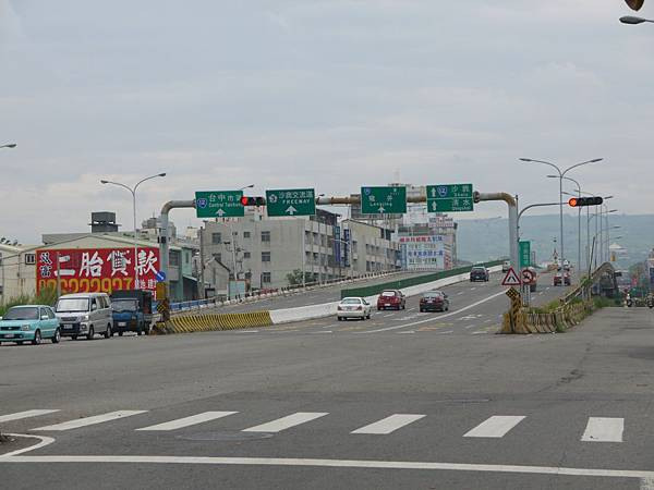 台12線&BRT (30).JPG