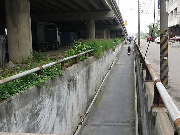台12線&BRT (36).JPG