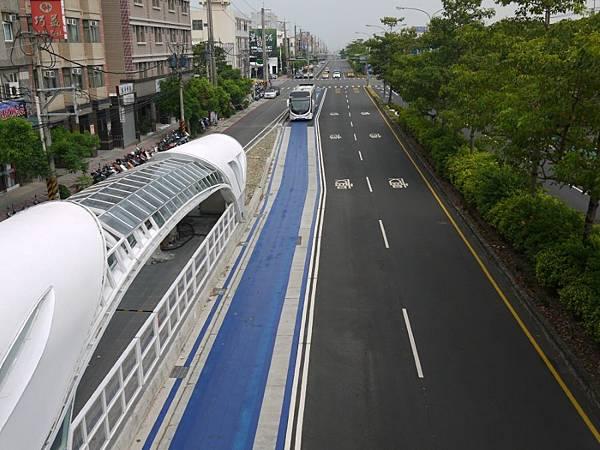 台12線&BRT (83-2).JPG