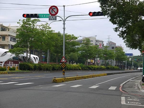 台12線&BRT (90).JPG