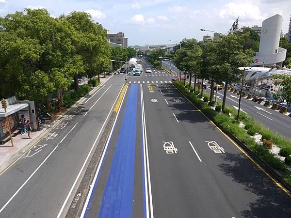 台12線&BRT (105).JPG