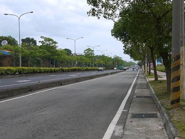 台12線&BRT (117).JPG