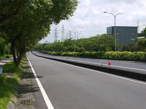 台12線&BRT (120).JPG